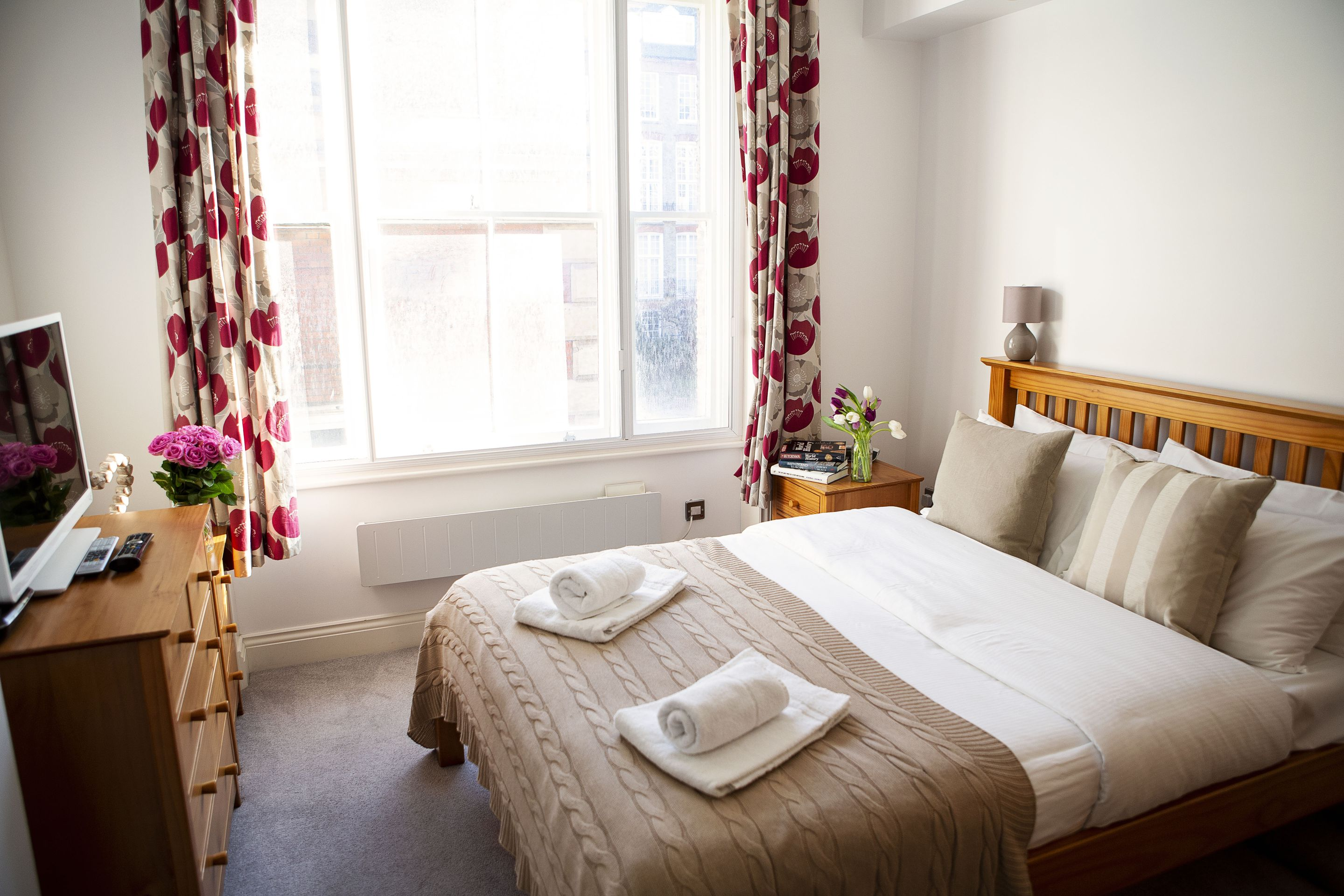 Opera House Serviced Apartments, Apartment 1A, Covent Garden - Bedroom