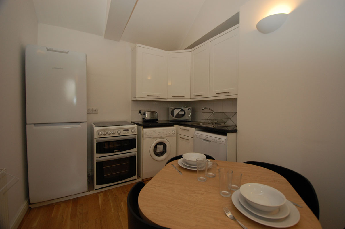 Royal Ballet Apartments, Apartment 2, Covent Garden - Kitchen