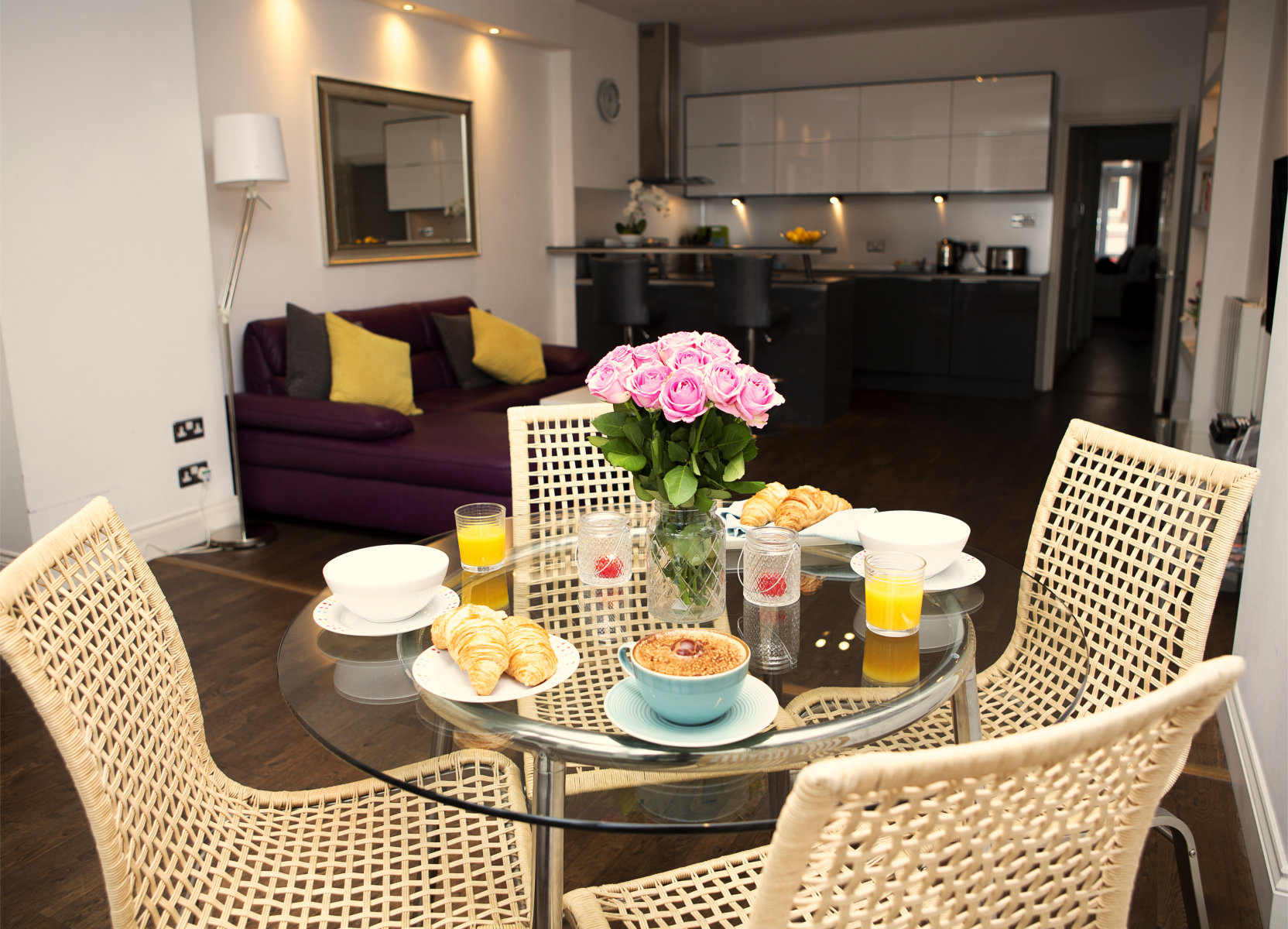Trafalgar Square Serviced Apartments, Apartment 1, Covent Garden - Kitchen