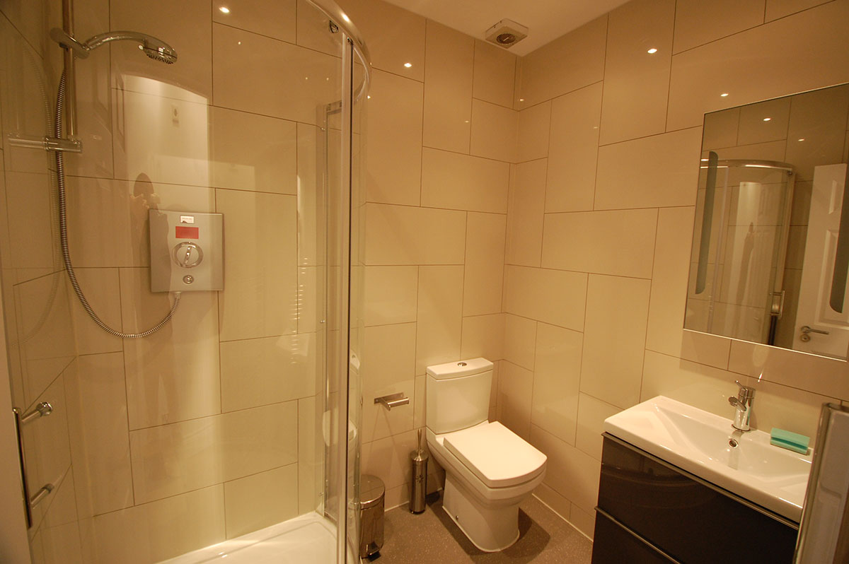 Trafalgar Square Serviced Apartments, Apartment 1, Covent Garden - Washroom