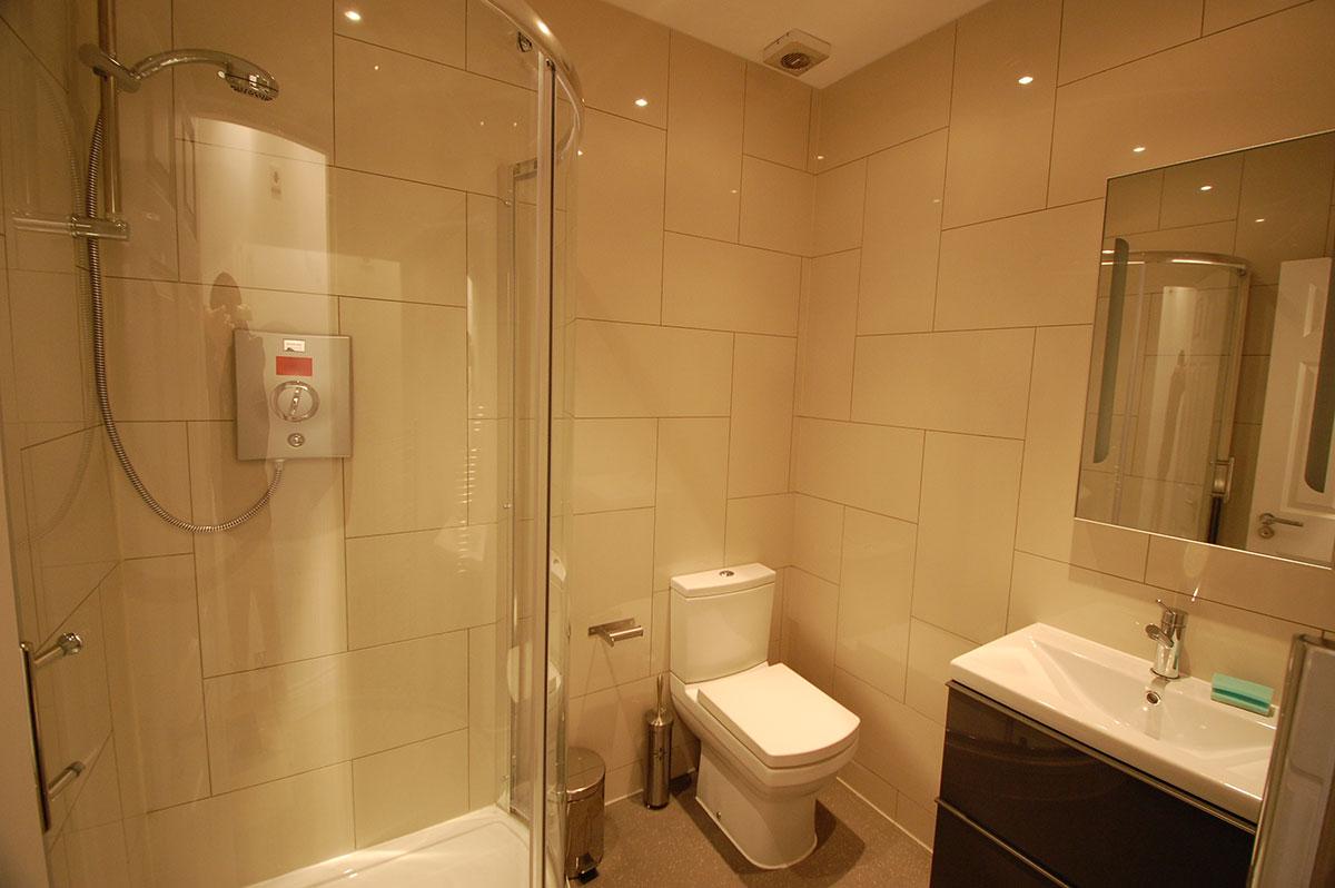 Trafalgar Square Serviced Apartments, Apartment 1, Covent Garden - Washroom