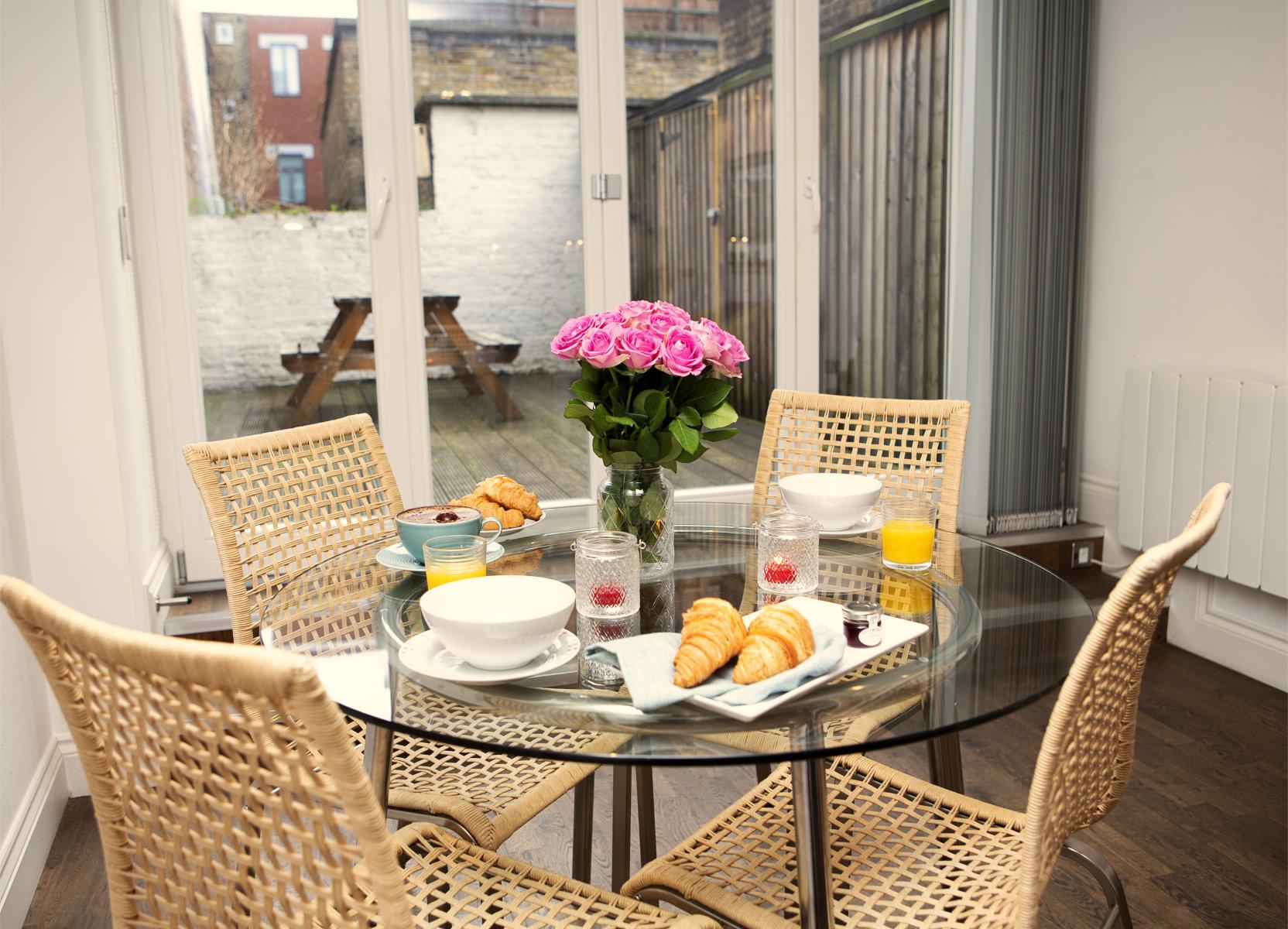 Trafalgar Square Serviced Apartments, Apartment 1, Covent Garden - Dining Area