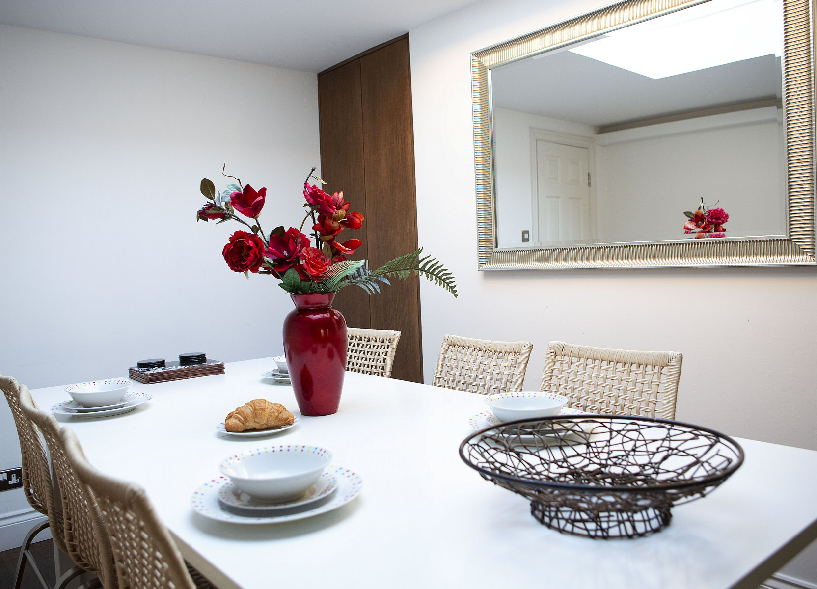 Trafalgar Square Apartments, Apartment 3, Covent Garden - Dining Area