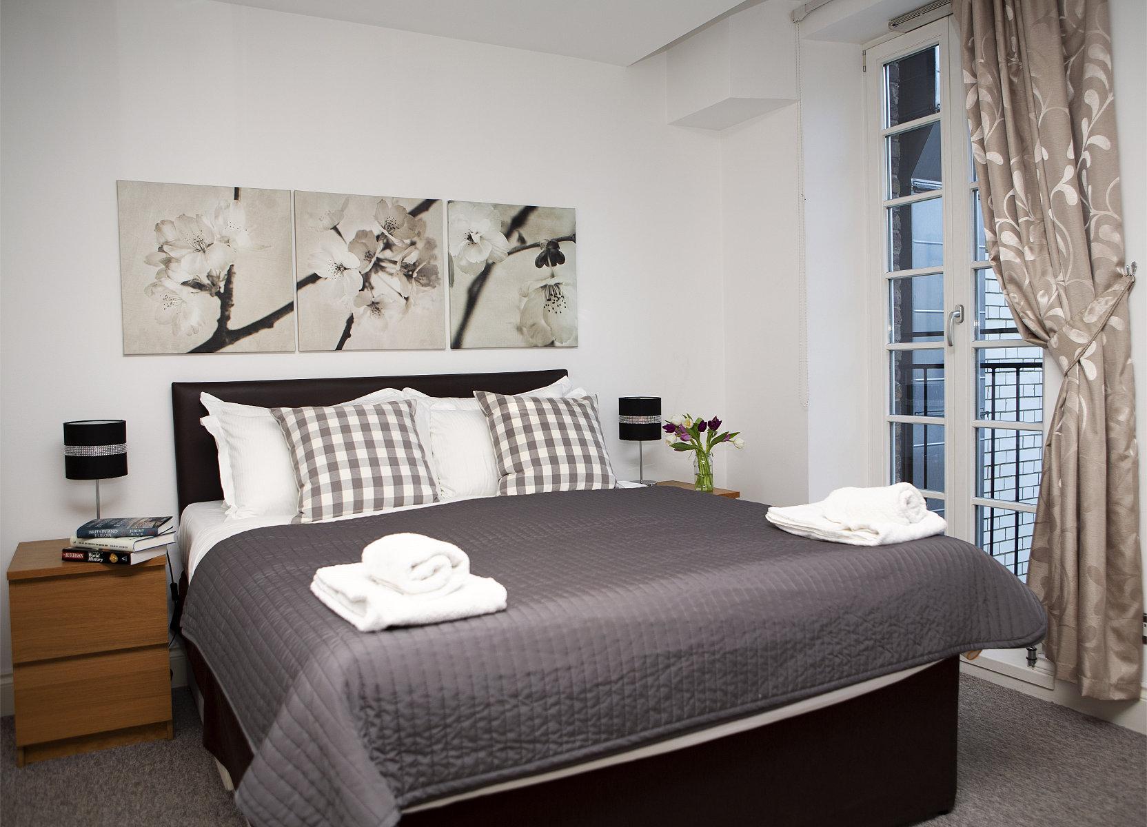 Trafalgar Square Apartments, Apartment 3, Covent Garden - Bedroom