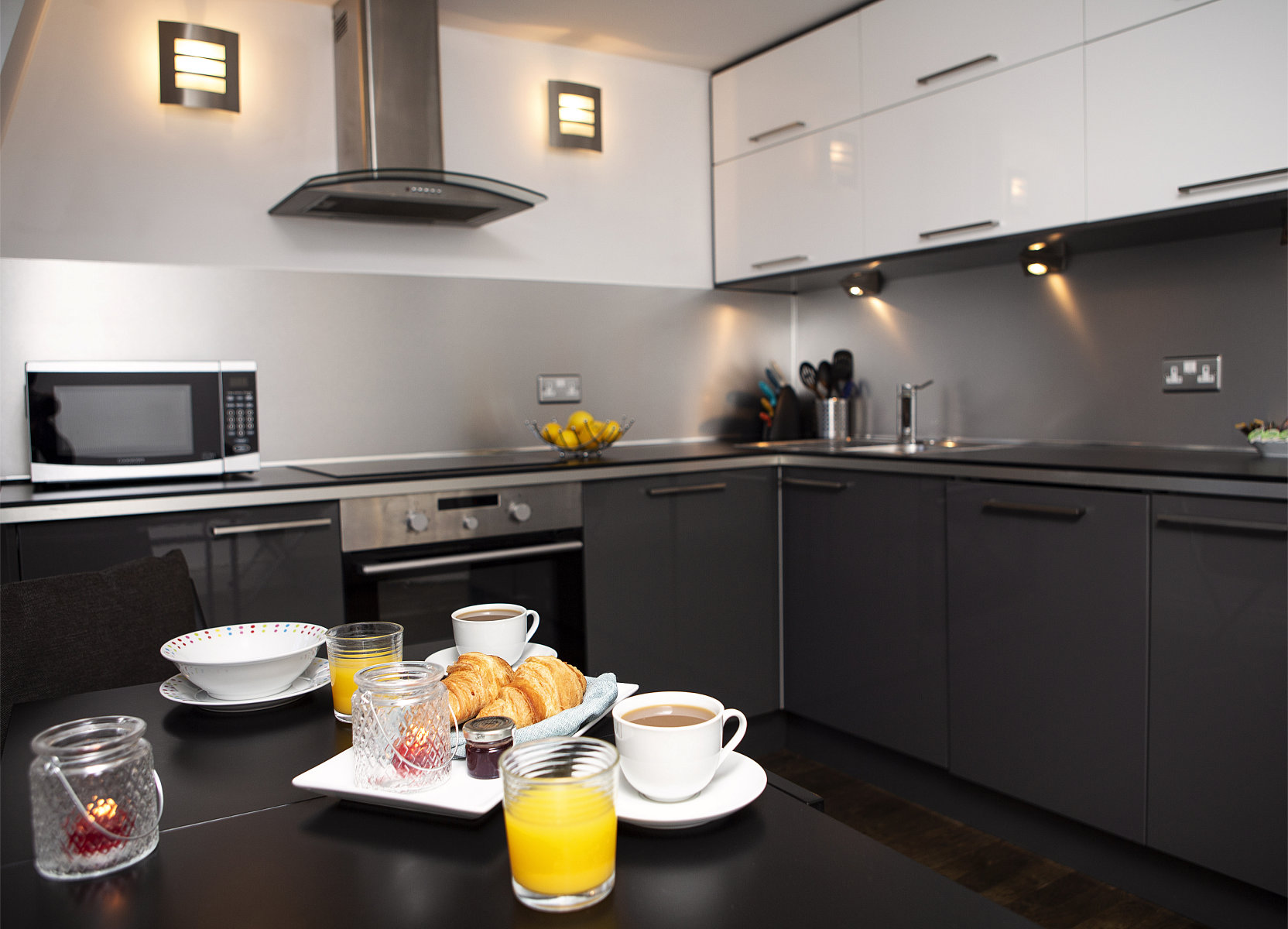 Trafalgar Square Apartments, Apartment 3, Covent Garden - Kitchen