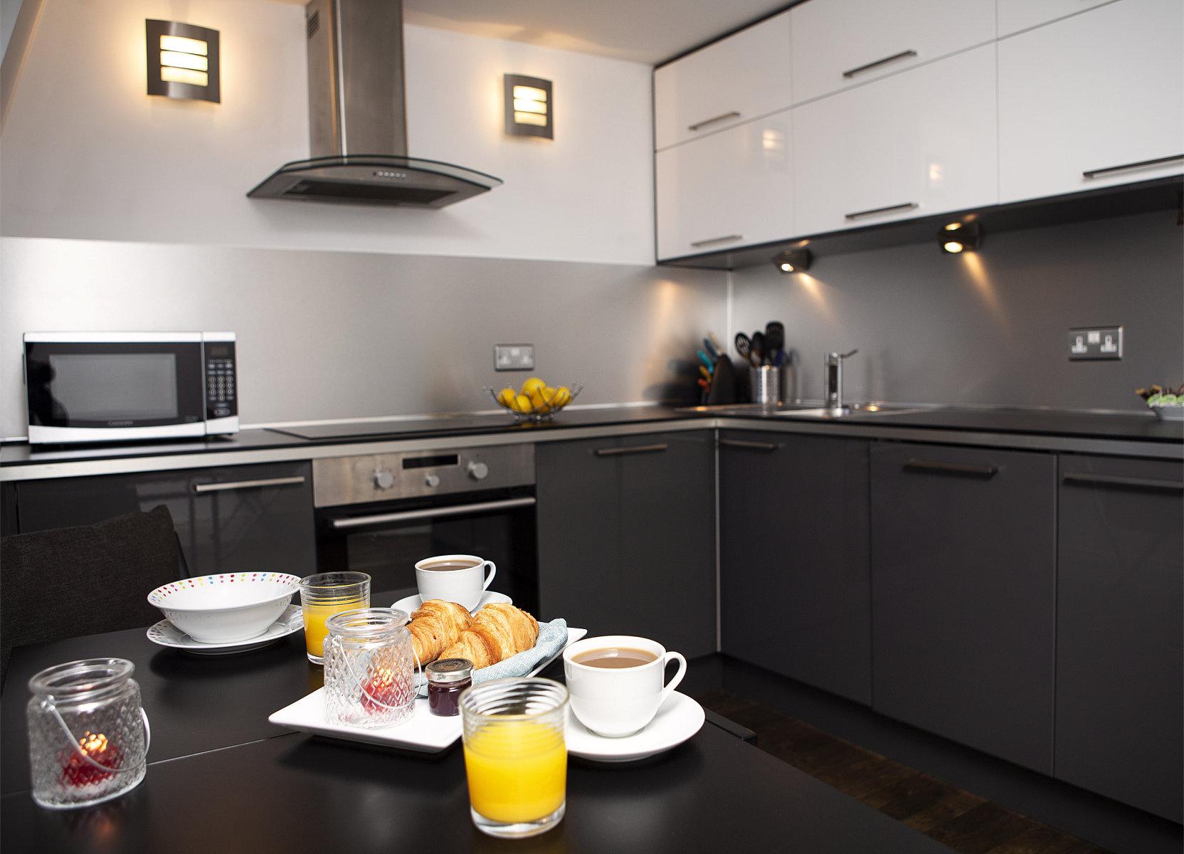 Trafalgar Square Apartments, Apartment 3, Covent Garden - Kitchen