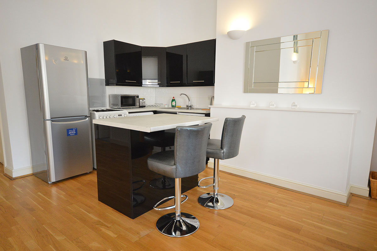 Royal Ballet Serviced Apartments, Apartment 1, Covent Garden - Kitchen