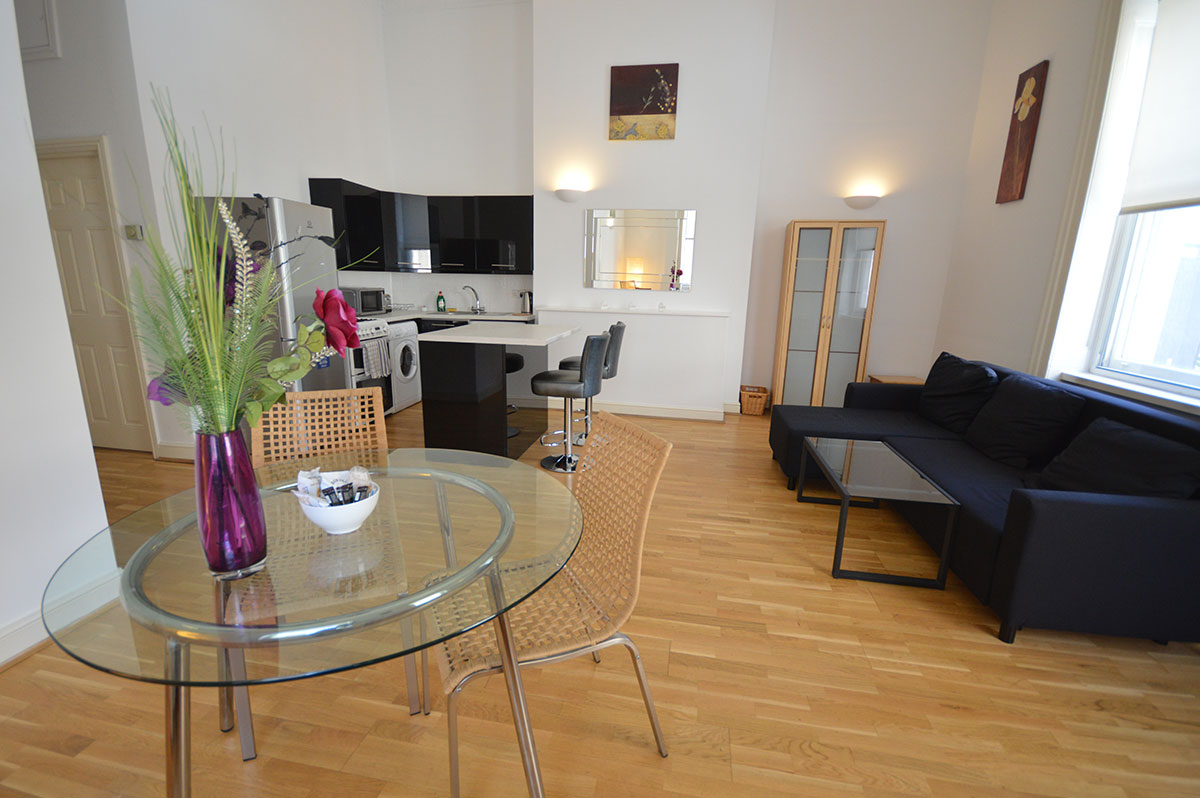 Royal Ballet Serviced Apartments, Apartment 1, Covent Garden - Living Area