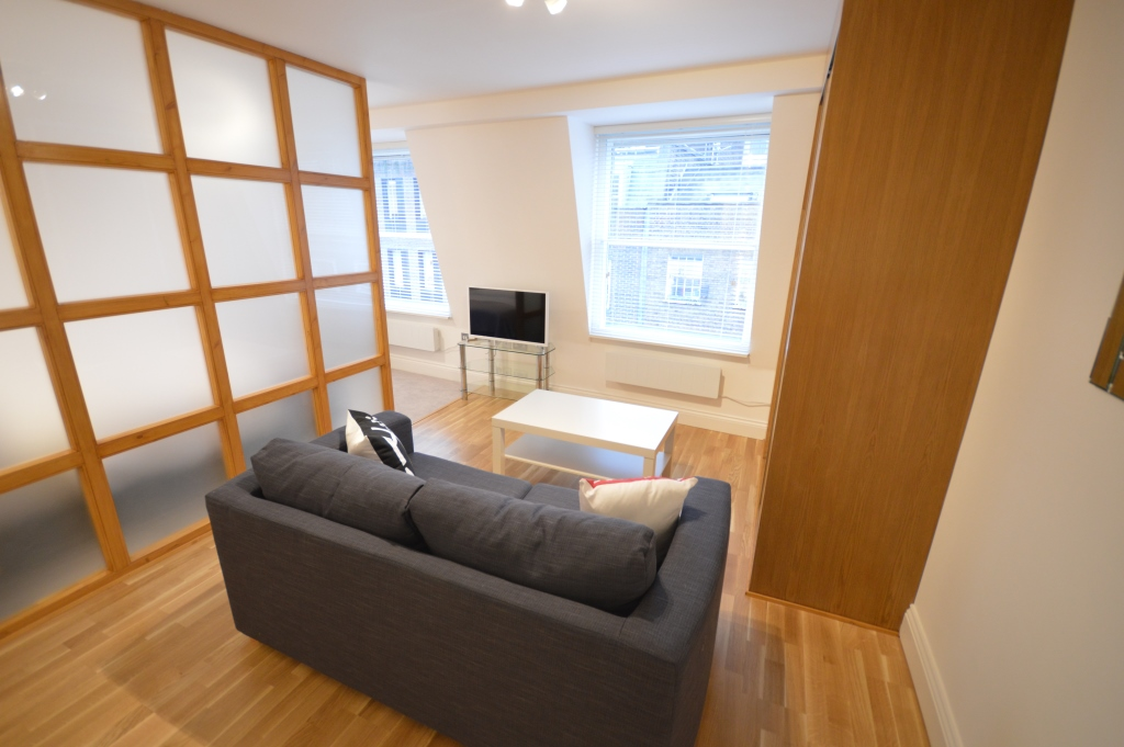 Soho Studios, Studio 4B, West End - Living Area