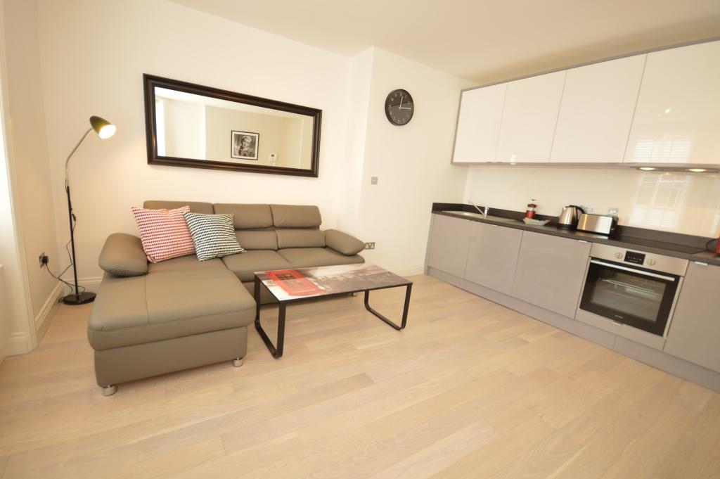 Soho Court, Apartment G, West End - Kitchen